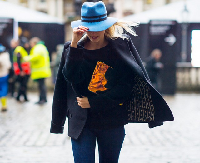 Φορέστε Φωτεινό Καπέλο