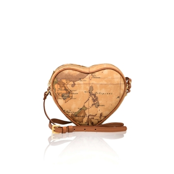 new-classic-heart-crossbody-bag