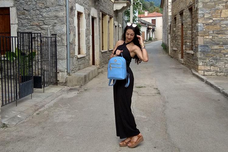 Οι τσάντες 4bag Greek Handmade φωτογραφίζονται στη Μηλίνα