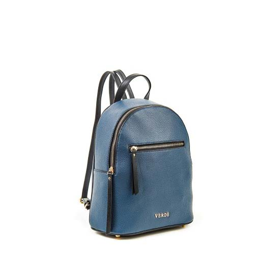 blue backpack verde