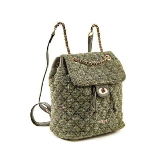 green-backpack-verde