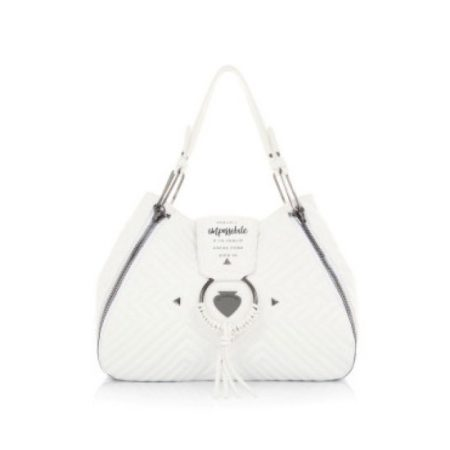 tsanta-omou-white-bags