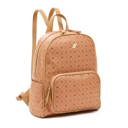 tsanta-platis-camel-backpac